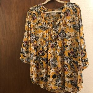 Yellow floral 3/4 sleeve blouse
